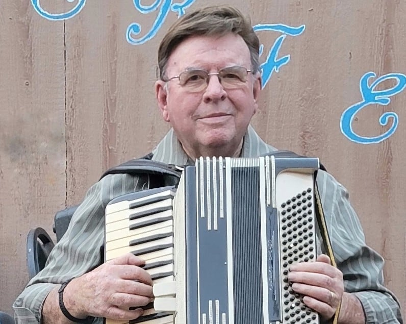 Haus Murphy's Accordionist Came to Phoenix to Escape the Green Bay Packers